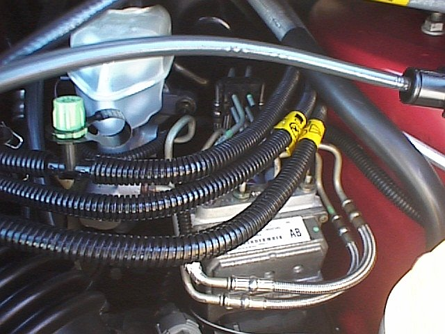 Picture 040 - Engine - Master Cylinder and AC Hoses